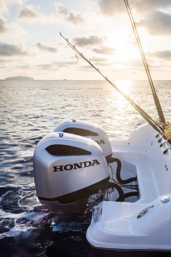 Honda Marine, Ponza, Italy