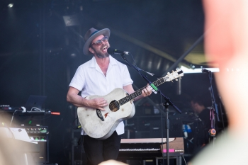 Gaz Coombes, Cornbury Festival